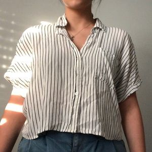 Cropped button up